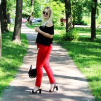 Spodnie wiązane w pasie | NA-KD